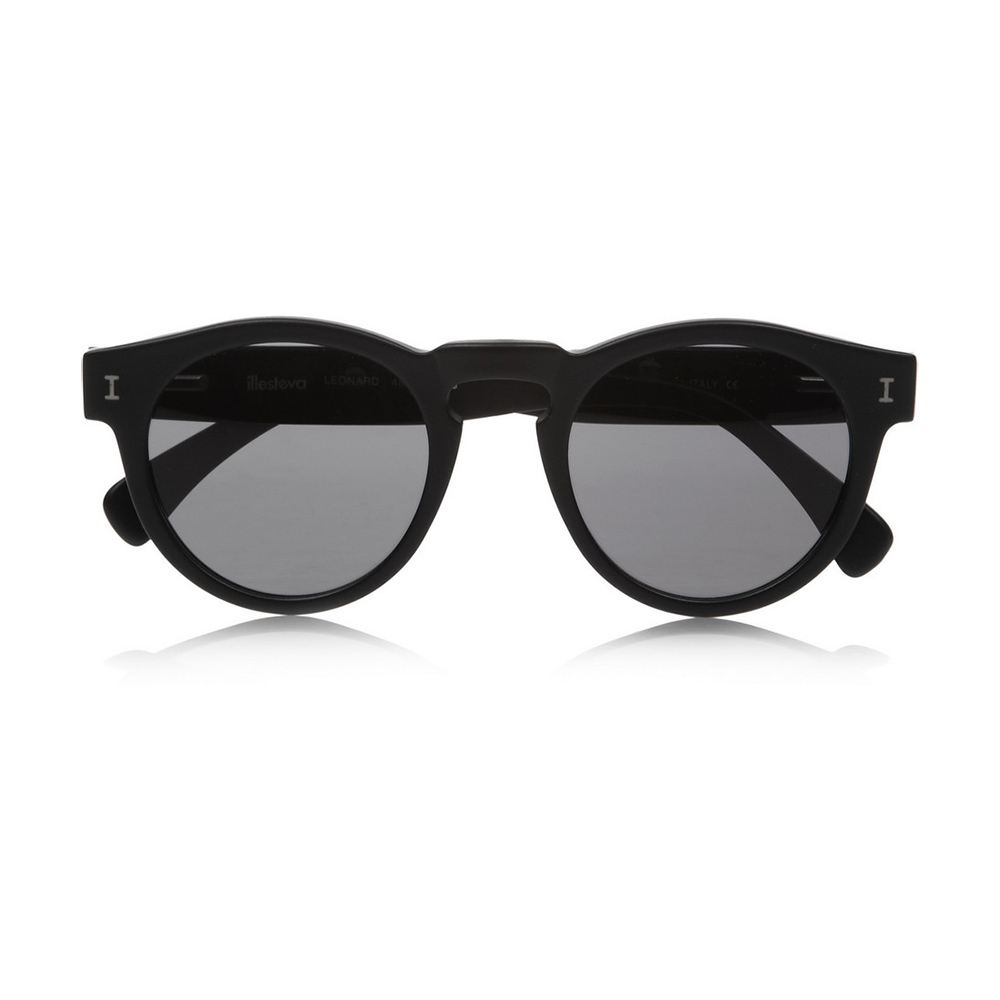 Illesteva 'Leonard' Matte Black Sunglasses-Meghan Markle