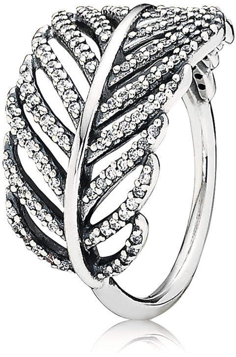Pandora 'Feather' Ring-Meghan Markle-Dress Like a Duchess